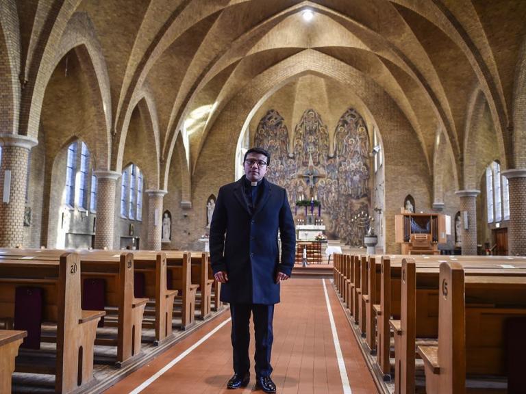 2020-1230-19 Sluiting kerken Mauricio