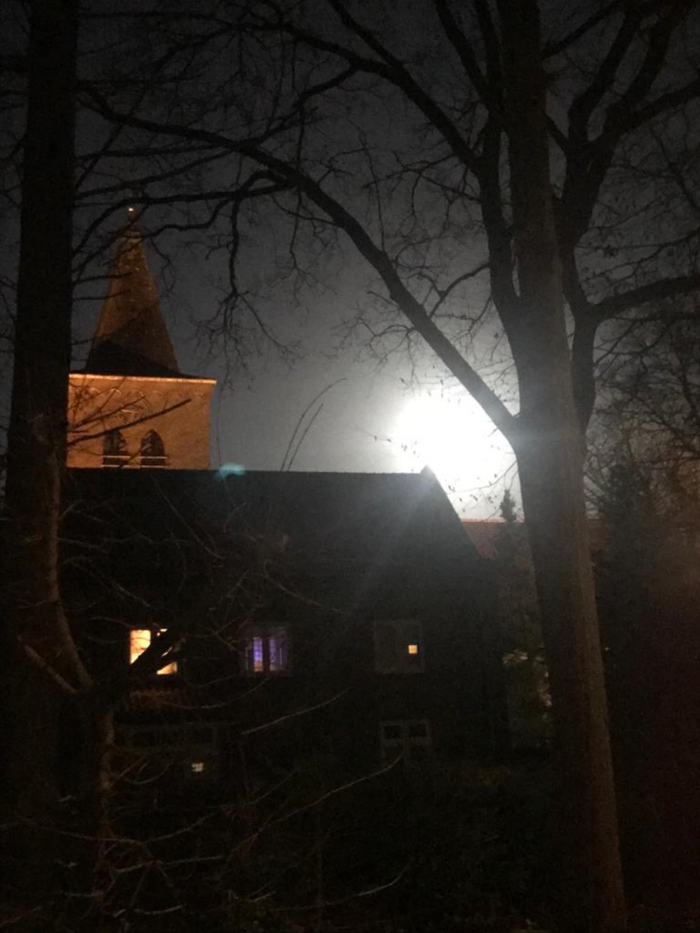 H.Familiekerk volle maan