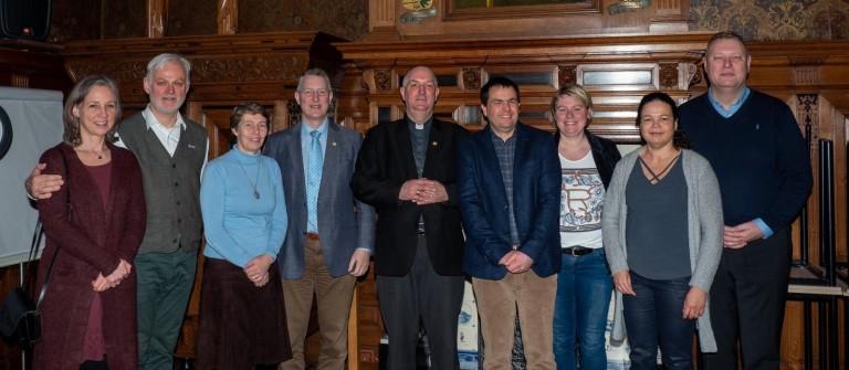 diakenwijding antoon en hulpbisschop en vrouwen