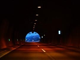 tunnel-1484554_1280