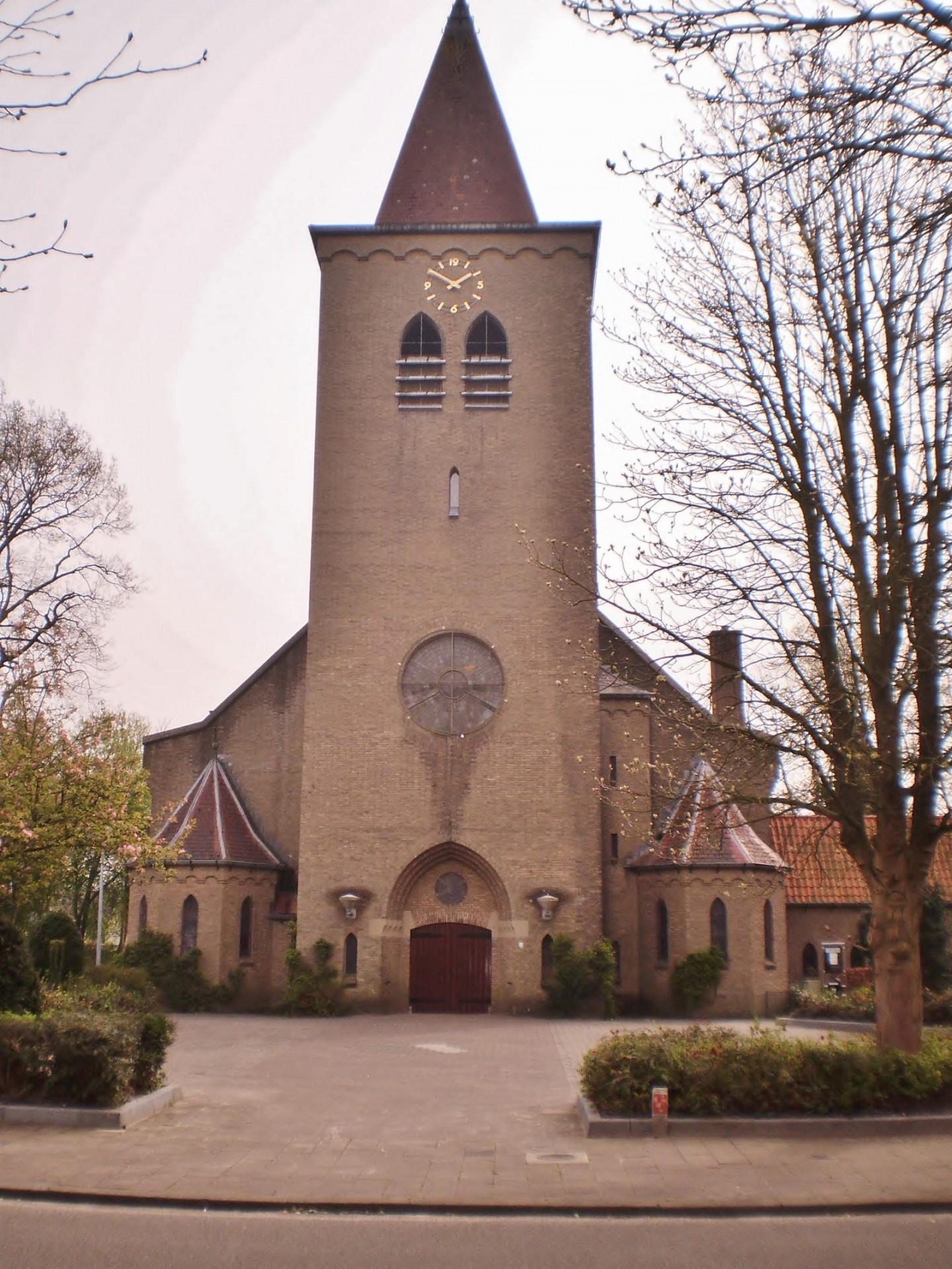 Soest_Willibrordusstraat_Familiekerk